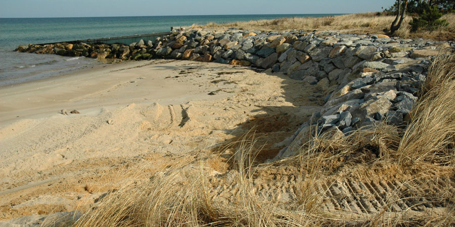Seawalls and Marine Construction by DECA